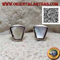 Silver lobe earrings with trapezoid mother of pearl flush with the edge on a smooth frame