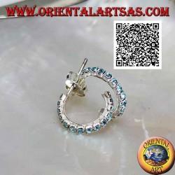 Boucle d'oreille en argent, demi-cercle de zircons bleu clair avec fermoir papillon (15 mm)