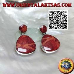Silberlappenohrringe mit roter Koralle (Koralle) in abgerundetem Dreiecksanhänger