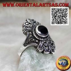 Anello in argento con onice tonda su montatura fiorentina tempestata di marcassite