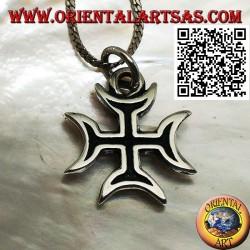 Massiver Silberkreuzanhänger mit Hohlstruktur