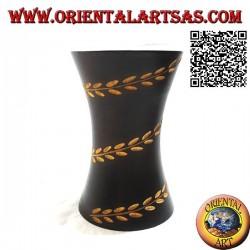 Vaso portafiori a cilindro concavo con linea floreale incisa a mano in legno di mogano da 15 cm