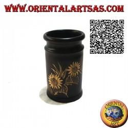 Portapenne cilindrico in legno di mogano con coppia di girasoli incisi a mano da 12 cm