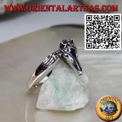 Anello in argento testa di cavallo a tre quarti sulla coda (stile ouroboros)