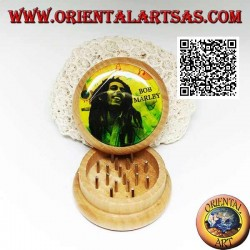 Tobacco grinder in pine wood with image of Bob Marley, 5 cm Ø (2)