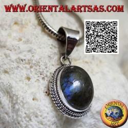 Ciondolo in argento con labradorite ovale cabochon contornata da intreccio