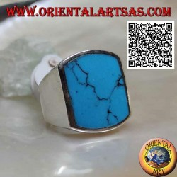 Silver ring with rectangular turquoise curved on two sides flush with the edge on smooth setting (b)