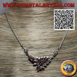 925 ‰ Silver necklace choker chain with 21 natural round garnets and leaves with marcasite