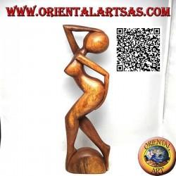 Scultura di una donna nuda in piedi in segno di erotismo e disperazione, in legno di suar da 31 cm