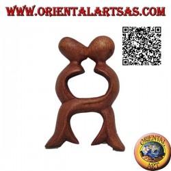 Scultura del bacio di una coppia a gambe intersecate in legno di suar da 10 cm