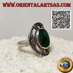 Silver ring with oval green agate on a cross studded with marcasite in the openwork oval