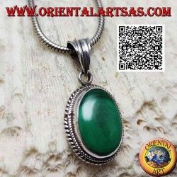 Silver pendant with natural oval malachite surrounded by a double weave
