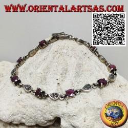 Bracelets en argent sertis de 8 rubis ronds naturels alternant avec des gouttes de marcassite