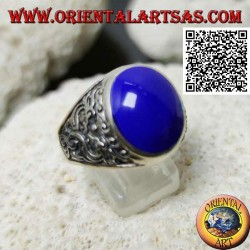Silver ring with oval cabochon lapis lazuli and double Japanese dragon in bas-relief on the sides