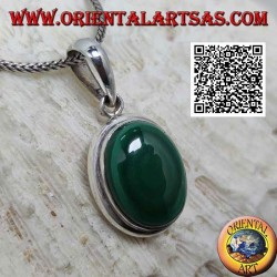 Silver pendant with natural oval cabochon malachite with smooth edge
