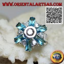 Bague en fleur d'argent à six pétales de topaze bleue et zircons blancs centraux et alternés