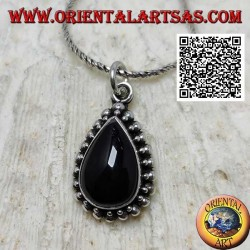 Silver pendant with cabochon drop onyx surrounded by a double row of balls