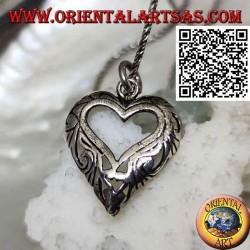 Pendentif en argent à décor ajouré en forme de coeur