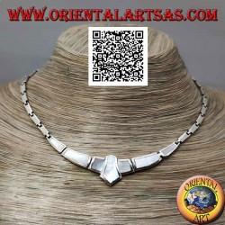 Collana in argento 925 ‰ a girocollo, rettangoli lisci e con madreperla a filo bordo centrale