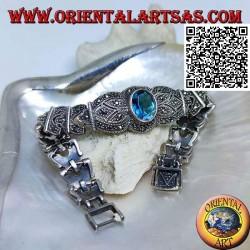Bracelets à maillons en argent avec grande topaze bleue ovale facettée centrale parsemée de marcassite