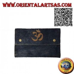 "Tobacco and papers holder with internal zip and ""Om"", in 100% suede leather and clip closure (blue)"