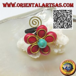 Adjustable flower ring in coral paste and turquoise center with flower and spiral in gold plated brass (macramé)