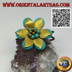 Adjustable rigid flower bracelet in turquoise paste and leaves in gold-plated brass (macramé)