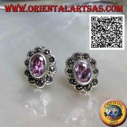 Boucles d'oreilles lobe ovale en quartz rose en argent avec cadre nuage en marcassite