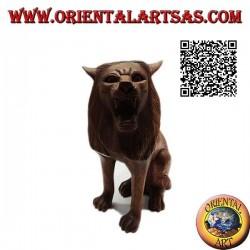 Skulptur eines sitzenden Löwen, handgeschnitzt aus einem einzigen 25-cm-Block aus Suarholz