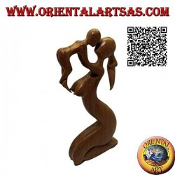 Sculpture of a mother who lifts to the sky and kisses her child in 40 cm suar wood