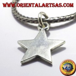 simple star pendant in silver