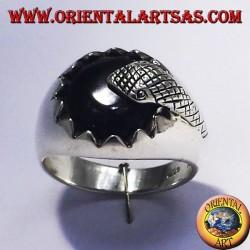 anello in argento con onice e serpente