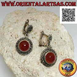 Silver earrings with round...