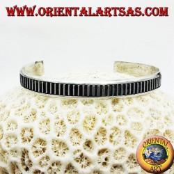 Bracelet rigide argent à la main