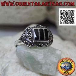 Серебряное кольцо с тремя...