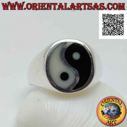 Smooth silver ring with yin...
