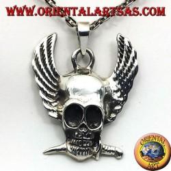 colgante de plata, cráneo con alas