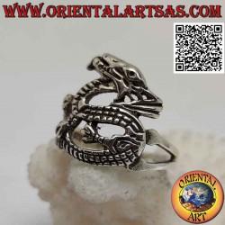 خاتم من الفضة على شكل تنين...