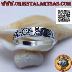 Серебряное кольцо с гладкой...