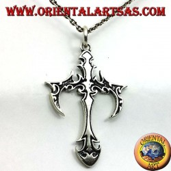 Gothic cross pendant in silver