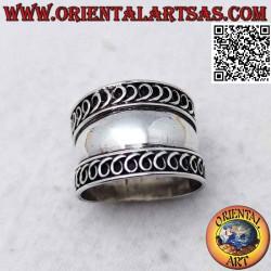 Anello in argento a fascia...