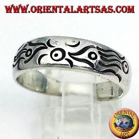 Anello a fascia scolpita in argento,pesci Maori