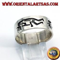 Ring in silver band kokopelli