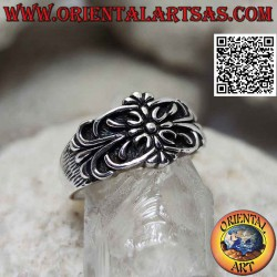 Silver ring with noble seal...