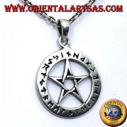 colgante de plata, pentáculo con las runas celtas