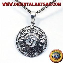 argent Om pendentif avec les huit symboles auspicieux