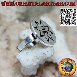 Flat round silver ring with...