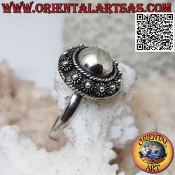Серебряное кольцо с гладким...