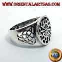 anello in argento sole nero con nodo di tyrone