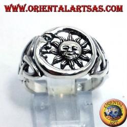 Anello in argento, sole e luna con nodo celtico